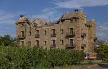 Inician obras para retirar escombros y evitar más derrumbes en la Sucrera de Menàrguens
