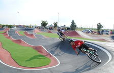 Golmés inaugura su circuito Pump Track de bicicletas