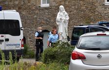 Asesinado un párroco católico en el oeste de Francia