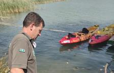 Rescaten un gos tancat en un cotxe al sol a Cellers