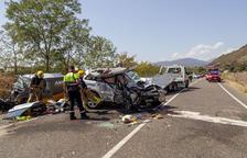 Muere una vecina de Lleida en una colisión frontal en Artesa de Segre
