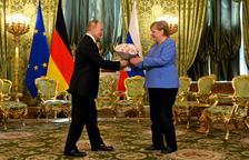 Merkel visita a Putin por última vez como canciller
