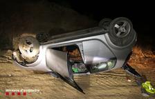 Els Mossos denuncien penalment un conductor a Alpicat per atropellar tres joves i fugir del lloc