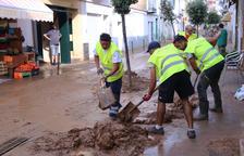 Les intenses pluges es traslladen a Girona i causen inundacions i destrosses