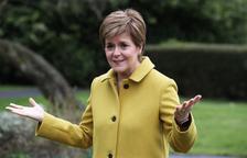 Els sondejos esbossen un escenari igualat en un referèndum escocès