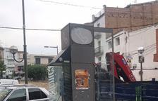 Retiran las últimas cabinas de teléfono de Les Borges
