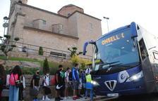 Alumnes de Camarasa inicien el curs sense transport escolar