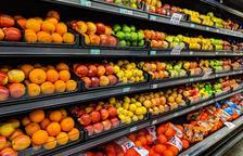 Se recomienda priorizar la ingesta de productos frescos y no abusar de los procesados, aunque sean light.