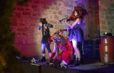 Les bruixes 'inauguren' la setmana Isagoge de Cervera