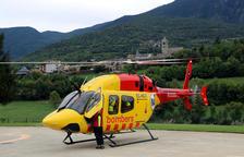 El helicóptero de rescate con base en Tírvia ha hecho unos 260 servicios en el Pirineo desde el 1 de julio