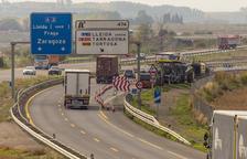 Cerrado el acceso a la LL-11 desde la autovía por obras en el firme