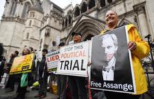 Protestes a Londres contra l'extradició de Julian Assange