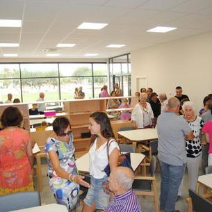 Els veïns de Fondarella van poder visitar el nou centre.
