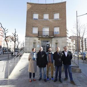 Ribes i Soler, amb membres de Cs al CUAP de Prat de la Riba.