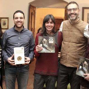 Manuel Forcano (2º por la derecha) presentó su libro en Tàrrega.