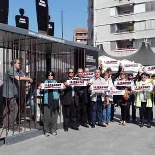 Alguns funcionaris es van concentrar ahir, com cada divendres, per demanar la fi del 155 a Lleida.
