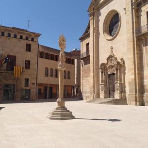 Restriccions de trànsit al carrer de Sant Joan de Tàrrega per les obres a la plaça Major