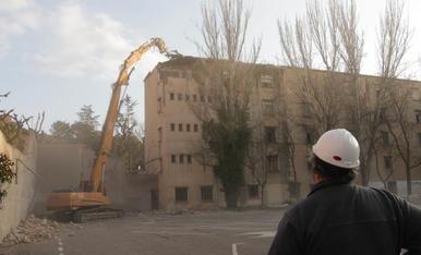 La demolició de Magisteri