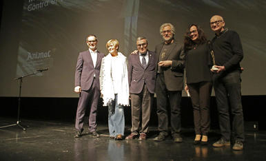 Francisco Vargas, Montse Parra, Àngel Ros, Michael Dudok de Wit, Carolina López i Ygor Kovalyov, ahir durant la inauguració.