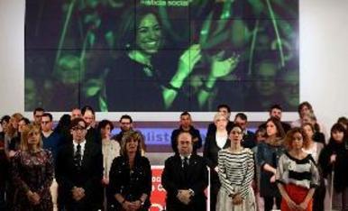 El món polític plora Chacón