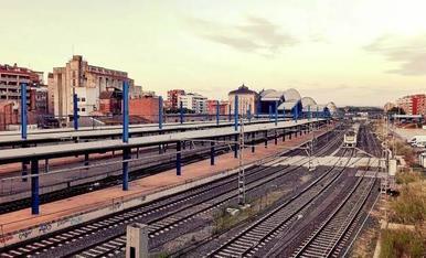 Una perspectiva diferent de l'estació de tren de Lleida.