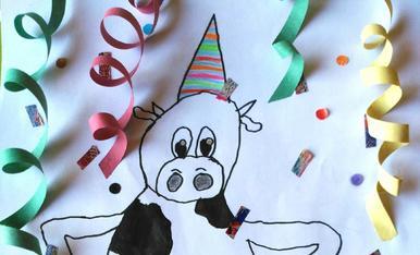 Albert Miró de 7 anys d'Albesa, dibuixa una vaca de festa al 10è aniversari de l'Esbaiola't 2017