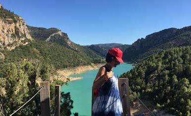 He caminar pel Congost de Mont-Rebei amb la familia .,, Rs genial  coneixer les meravelles q ens envolven i a la cegada fer enérgico i disfrutar la Natura