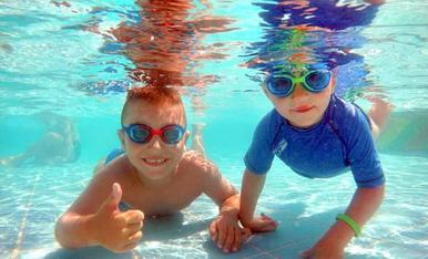Cusinets en acció a l'aigua!! Costa Brava