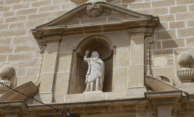 © Col·loquen sense permís el sant Joan a Benavent