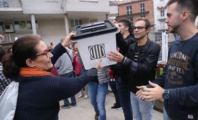 Urnes als col·legis electorals de Lleida