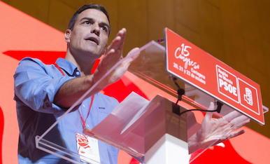 El secretari general del PSOE, durant la seua intervenció al congrés del PSRM-PSOE a Múrcia.