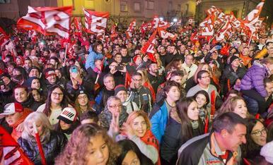 Festa a Cervera pel sisè títol de Marc Màrquez