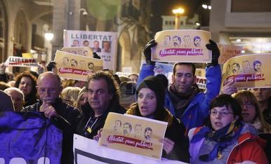 Concentracions per demanar la llibertat dels exconsellers i els 'Jordis'