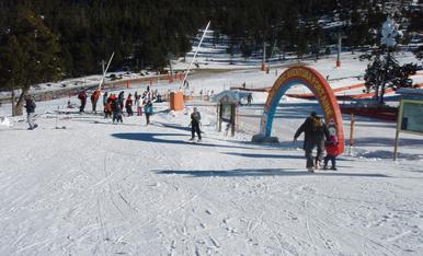 © Bon pont per a esquí i turisme