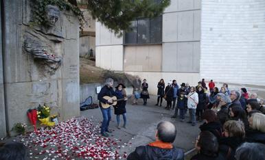 © Poemes i roses per a Màrius Torres