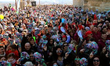 © Lleida es posa la gorra solidària