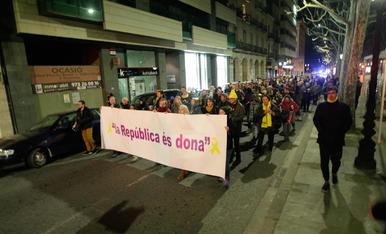 Manifestació contra Felip VI a Lleida