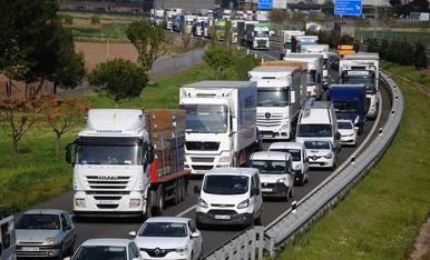 © Accident a l'autovia amb cues quilomètriques