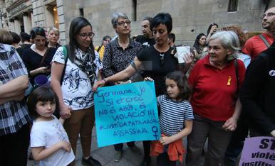 Concentració a Lleida en contra de la sentència del cas 'Manada'