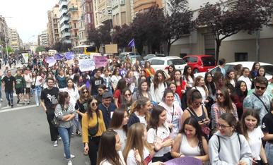 Manifestació d'estudiants contra la sentència de la Manada