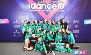 Aquest es el.meu equip de ball.Freak da funk de l'Escolade ball Dancescape de Lleida.