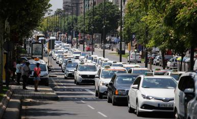 Marxa lenta de taxistes a Lleida