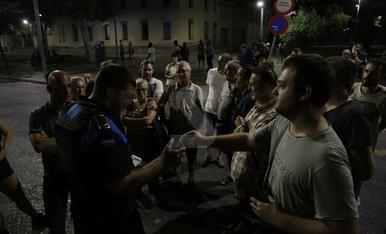 IMÁGENES. Pelea con un conductor durante la protesta en la calle Lluís Companys