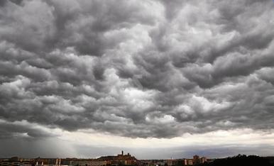 © Lluvia, viento y granizo en Ponent