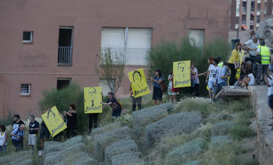 Imágenes de la cadena humana en Lleida para los 'presos políticos'