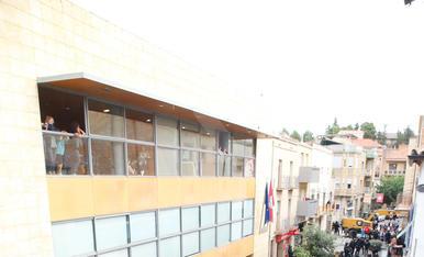 1-O. Policia i mur de gent a Alcarràs