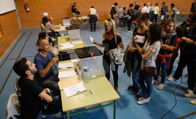 1-O. Votacions i Bombers a l'IES Maria Rúbies
