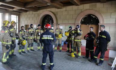 Pràctiques de Bombers al turó de Gardeny de Lleida
