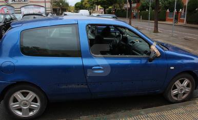 Trenquen vidres de cotxes a la Zona Alta de Lleida