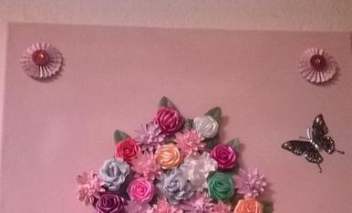 fet amb pedretes i flor seca
